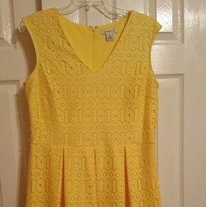 Liz Claiborne yellow lace yellow dress